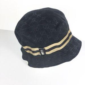GUCCI Vintage Women Classic Logo Black Bucket Hat